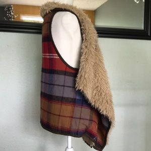 Mossimo Supply Co. Jackets & Coats - Mossimo Supply Co. fly away flannel/fur vest